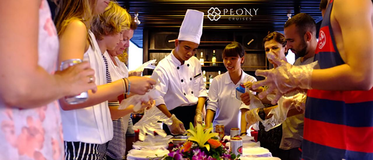 clases de cocina en Peony Cruises.2