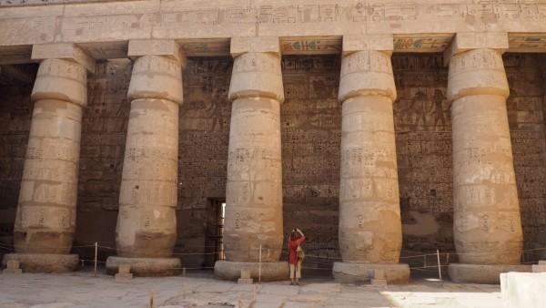Templo-de-Medinet-Habuinterior1